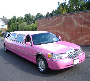 Lincoln Towncar Limos in Cardiff